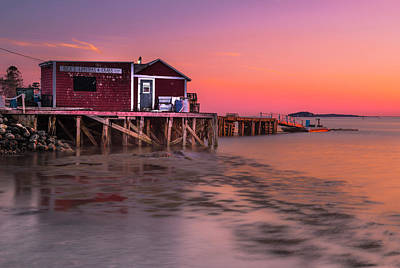Art Print featuring the photograph Maine Coastal Sunset At Dicks Lobsters - Crabs Shack by Ranjay Mitra