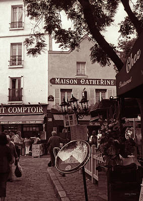 Maison Catherine, Montmartre Art Print by Kathy Yates