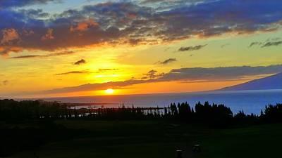 Photograph - Majestic Maui Sunset by Richard Yates