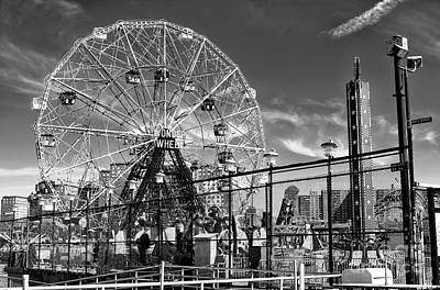 Photograph - Majestic Wonder Wheel by John Rizzuto