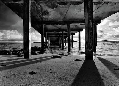 Photograph - Makai Pier, Oahu by Art Shimamura