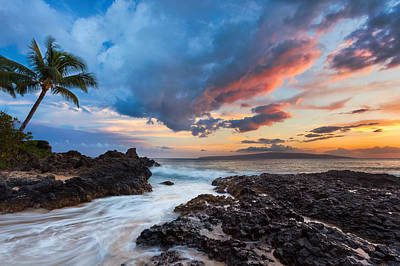 Makena Cove Sunset Art Print by Thorsten Scheuermann