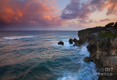 Waves Crashing Photograph - Makewehi Sunset by Mike  Dawson