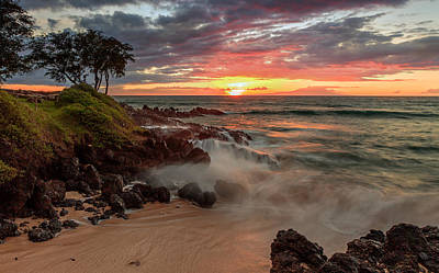 Photograph - Maluaka Beach Sunset by Susan Rissi Tregoning