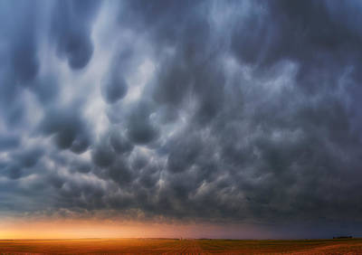 Photograph - Mammatus Over Madrid by Darren  White