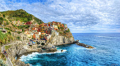 Photograph - Manarola And The Sea by Weston Westmoreland