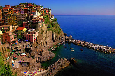 Photograph - Manarola Crossing by John Galbo