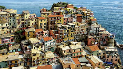 Photograph - Manarola Hilltop Houses by Anthony Dezenzio