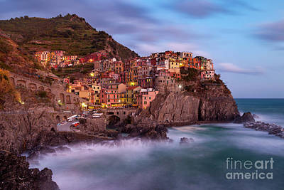 Photograph - Manarola Twilight by Brian Jannsen