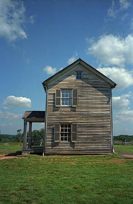 Photograph - Manassas Battlefield Farmhouse by Frank Romeo