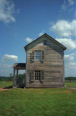 Print featuring the photograph Manassas Battlefield Farmhouse by Frank Romeo