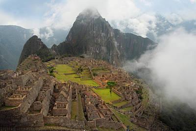 Photograph - Manchu Picchu by Jed Holtzman