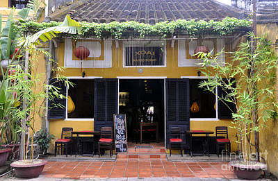 Photograph - Mango Restaurant by Andrew Dinh