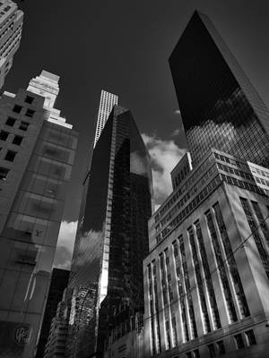 Photograph - Manhattan - 5th Ave. 001 Bw by Lance Vaughn