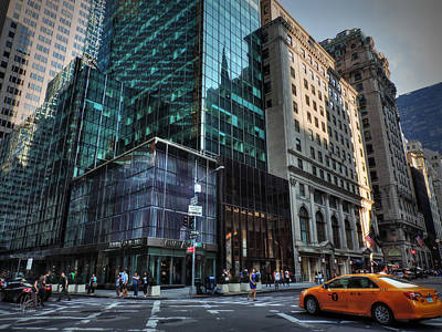 Photograph - Manhattan - 5th Ave. 002 by Lance Vaughn