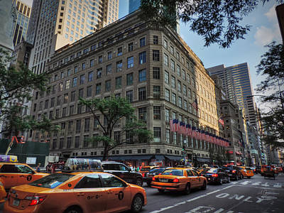Photograph - Manhattan - 5th Ave. 004 by Lance Vaughn