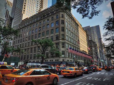 Manhattan - 5th Ave. 004 Art Print by Lance Vaughn