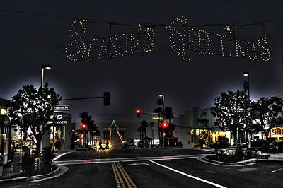 Photograph - Manhattan Beach Christmas by Richard Omura