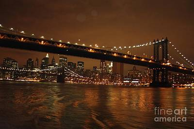 Photograph - Manhattan Bridge At Night by John Telfer