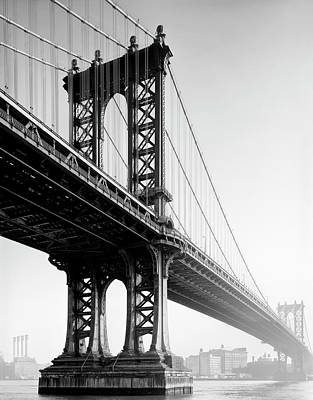 Photograph - Manhattan Bridge - New York City by Daniel Hagerman