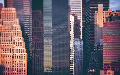 Skyline Digital Art - Manhattan by Maye Loeser