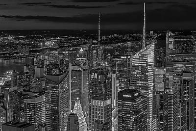Photograph - Manhattan Nyc Twilight Bw by Susan Candelario