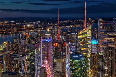 Photograph - Manhattan Nyc Twilight by Susan Candelario