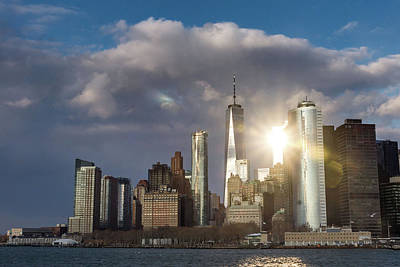 Photograph - Manhattan Skyline Sunburst by Framing Places