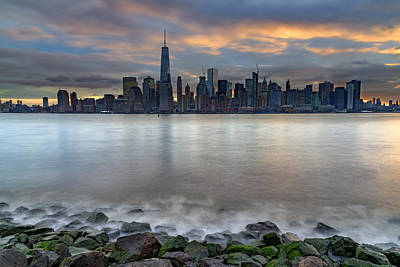 Photograph - Manhattan Sunrise by Rick Berk