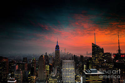 Photograph - Manhattan Sunset by M G Whittingham