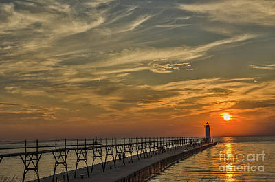 Photograph - Manistee North Pierhead Lighthouse by Sue Smith