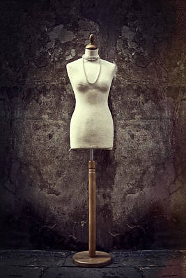 Wood Necklace Photograph - Mannequin by Joana Kruse