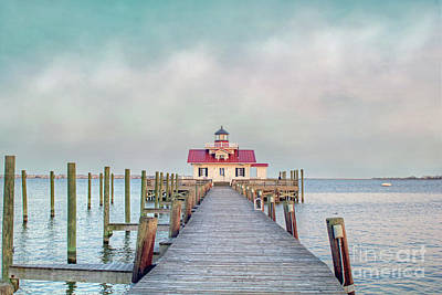 Photograph - Manteo Lighthouse by Marion Johnson