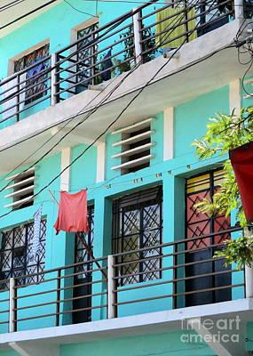 Photograph - Manzanillo Building by Randall Weidner
