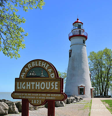 Photograph - Marblehead Lighthouse 0898 by Jack Schultz