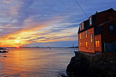 Photograph - Marblehead Ma Sunrise Marblhead Light Tower by Toby McGuire