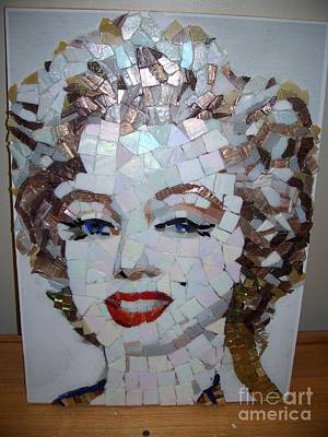 Mitch Brookman Glass Art - Marilyn by Mitch Brookman