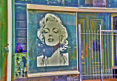Photograph - Marilyn Monroe by Janice Spivey