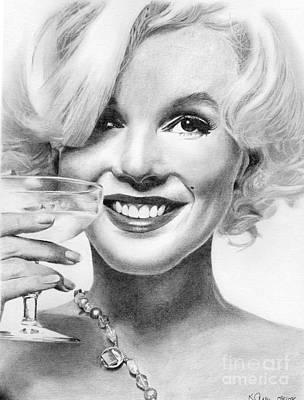 Marilyn Monroe Drawing - Marilyn Monroe by Karen Townsend
