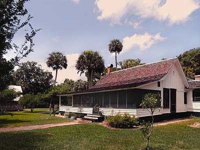 Florida Cracker Photograph - Marjorie Kinnan Rawlings Home by Gordon Beck
