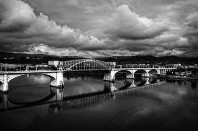Chattanooga Tennessee Photograph - Market Street Bridge In Black And White by Greg Mimbs