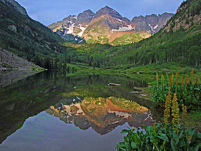 Photograph - Maroon Bells 2 by Diana Douglass