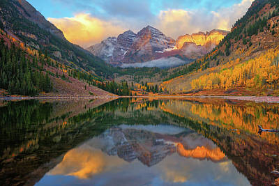 Photograph - Maroon Bells Autumn Reflections by Greg Norrell