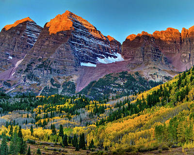 Photograph - Maroon Bells Sunrise by Harry Strharsky