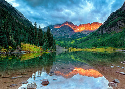 Photograph - Maroon Bells Sunrise by John Vose