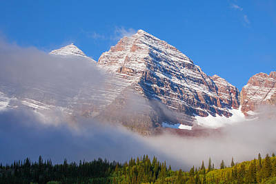 Maroon Peak Lifting Fog Print by Darren  White