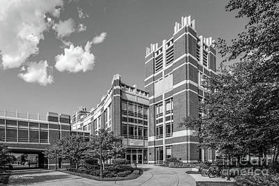 Marquette Photograph - Marquette University Raynor Library by University Icons