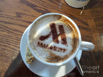 Photograph - Marriott Cappuccino by Donna L Munro