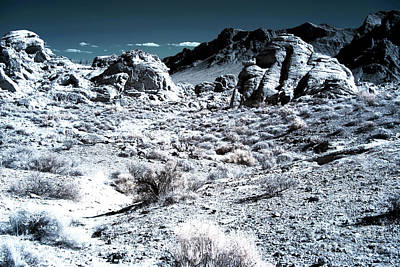 Photograph - Mars Landing 2013 by John Rizzuto