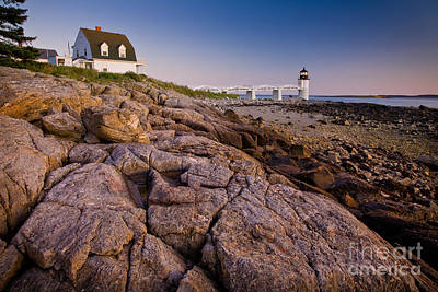 Mid-coast Maine Photograph - Marshal Point Light Sunset by Susan Cole Kelly